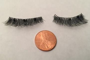 "Black Medium Length (16mm) / 3/4 Inch Wide 3 ""Round"" Magnet Luxury Magnetic Eyelash and Magnetic Eyeliner Combo Set"