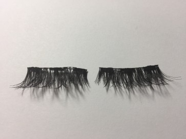 Our  Whispy Criss Cross Lash 58L
